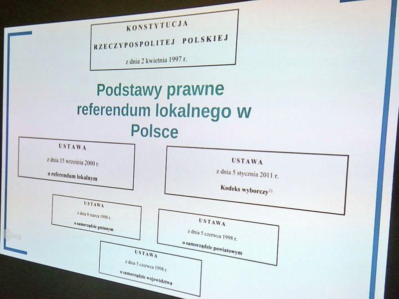 panel o referendach V KRM